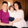 Doğuma giderken. Altunizade Acıbadem Hastanesi'nde doğum öncesi aile pozu.
